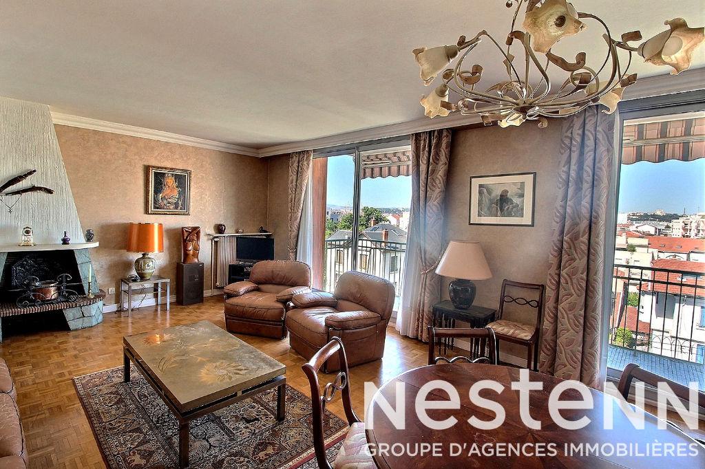 photos n°1 Appartement dernier étage vue Fourviere 4 pièce(s) garage- LYON 3 69003