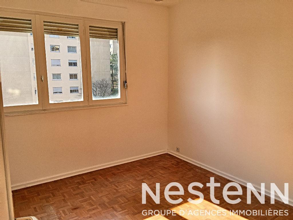 Appartement 3 Pièces Lumineux - 69500 BRON