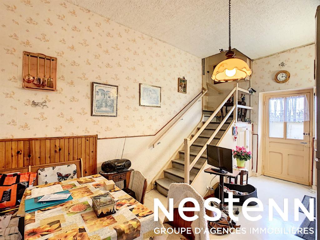 Maison Ancienne 2 Chs + Greniers - 69840 CHENAS