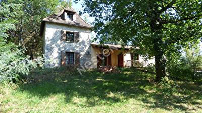 Superbe maison en pierre au nord de Bergerac.