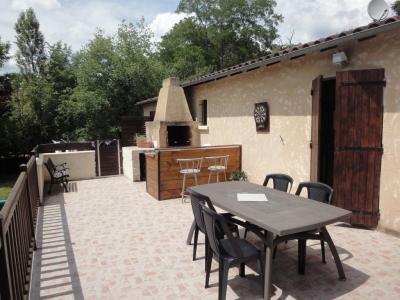 Maison Maurens 4 pieces 90 m2.