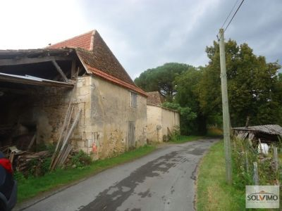 Ancienne ferme a restaurer