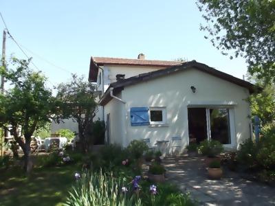 Maison proche Sainte Foy La Grande 4 pieces.
