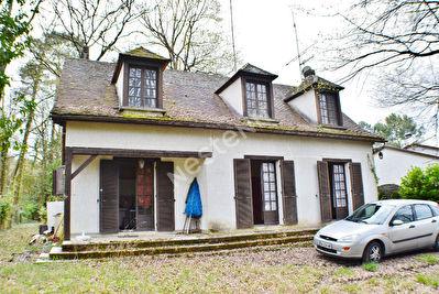 Maison a renover sur Prigonrieux, gros potentiel, secteur boise
