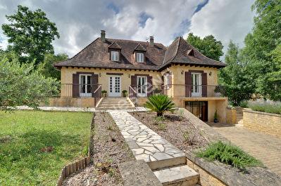 Magnifique maison sur Saint-Sauveur !