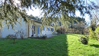 Maison a Lamonzie Saint-Martin sur 4860 m2 avec piscine