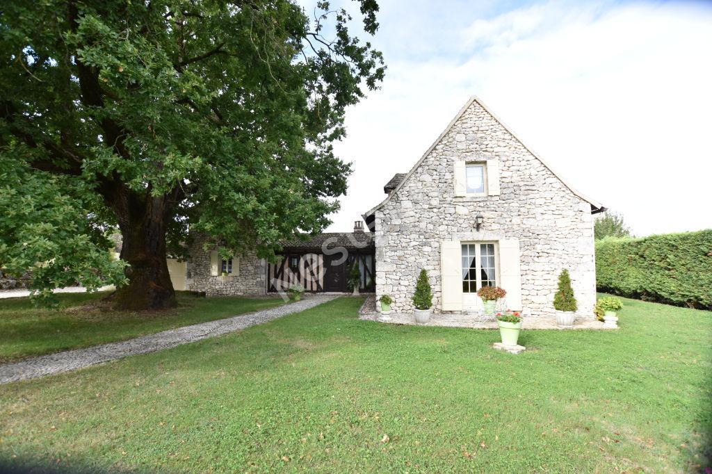 photos n°1 Superbe maison en pierres dans le sud de Bergerac.