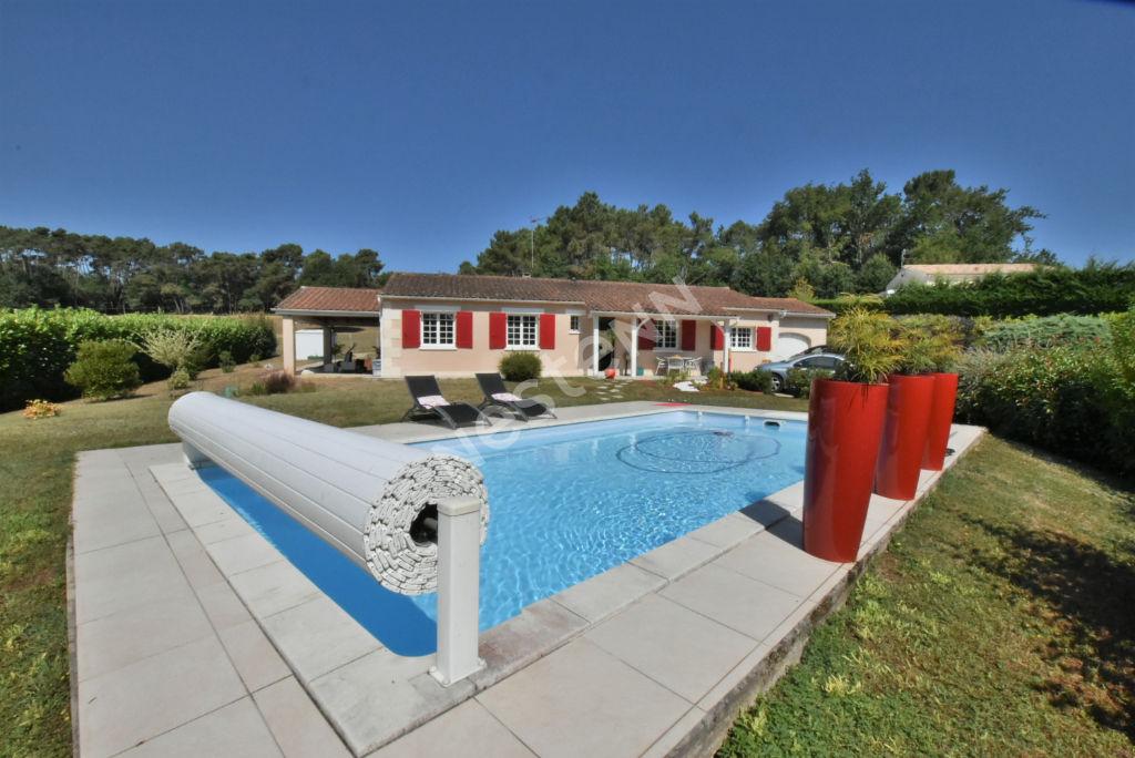 photos n°1 Plain Pied avec piscine au Nord de Bergerac