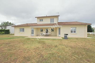 Belle maison avec vie de plain pied a l'Ouest de Bergerac !