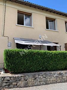 Jolie maison mitoyenne a Loubes Bernac