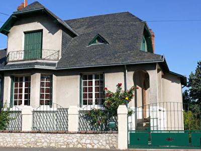 MAISON BOURGEOISE VENDOME - 5 pieces - 120 m2