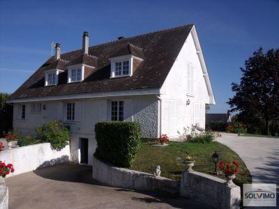 Maison La Chaussee Saint Victor 212m2 hab.