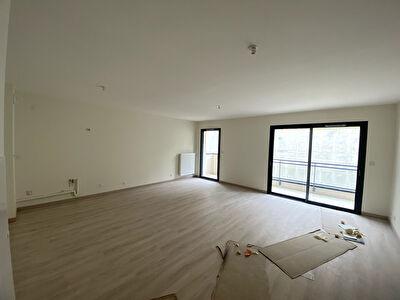 Appartement - Quartier St Nicolas - 2 pieces avec terrasse