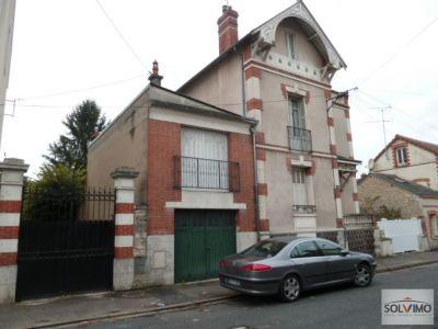 Maison Montargis 8 pieces 215 m2