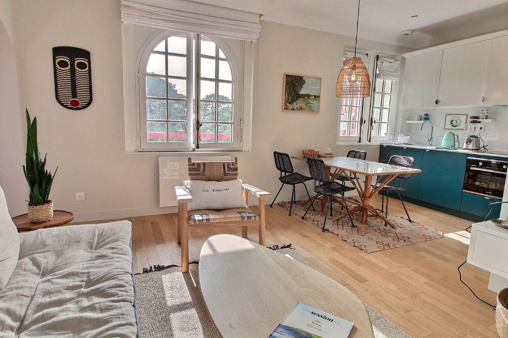 Appartement de charme rénové au centre Hossegor 2p