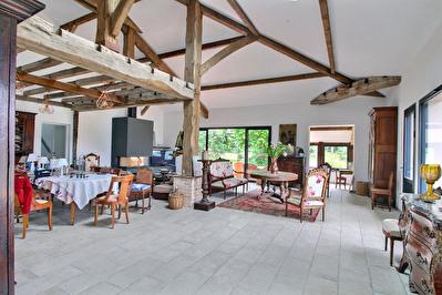 Propriete Saubrigues 9 pieces 400 m2
