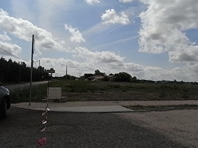 Terrain a batir, a 5mn au sud de  Muret 849 m2