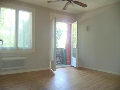 Appartement Carbonne 1 piece 26 m2