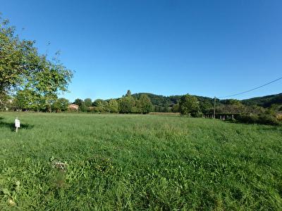 Beau terrain plat a Gajan