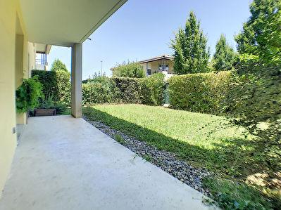 A vendre appartement 1 chambre 46m2 en rez-de-jardin clos de 50 2