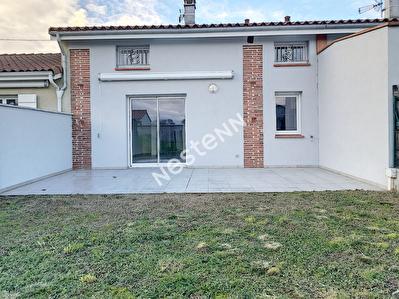 Belle Maison mitoyenne renovee  -T3 - 68.88 m2