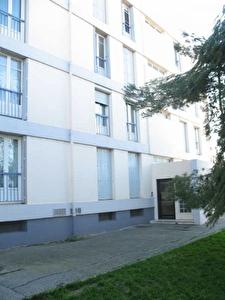 APPARTEMENT GIGNAC LA NERTHE - 3 pieces - 55 m2