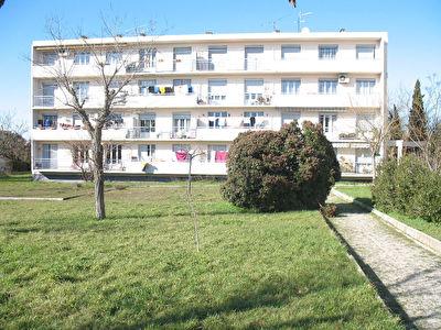 Appartement Gignac La Nerthe 3 pieces 60 m2