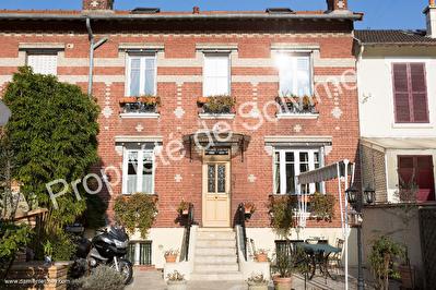 Maison Courbevoie 4 pieces 100m2