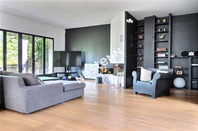 Maison Colombes 6 pieces 225 m2