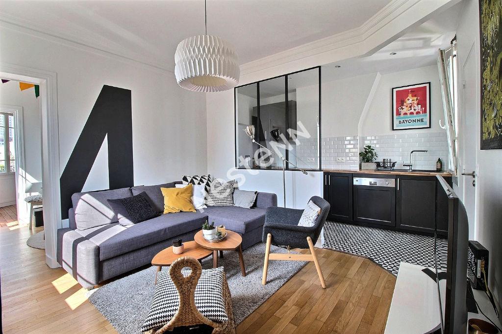photos n°1 Appartement Courbevoie 3 pièce(s) 44.4m²