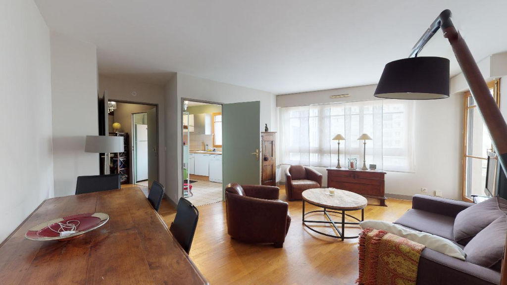 photos n°1 Appartement Courbevoie 3 pièce(s) 68.59 m2