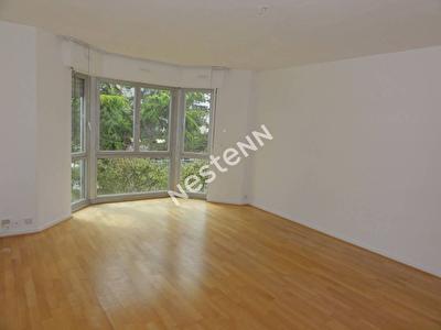Appartement Courbevoie 3 pieces 68.35 m2