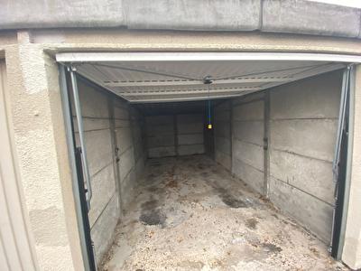 Parking / box Rueil Malmaison 13.75 m2