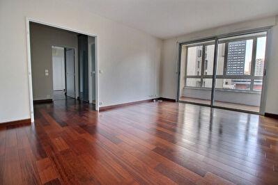 Appartement Courbevoie 3 pieces 74.24 m2