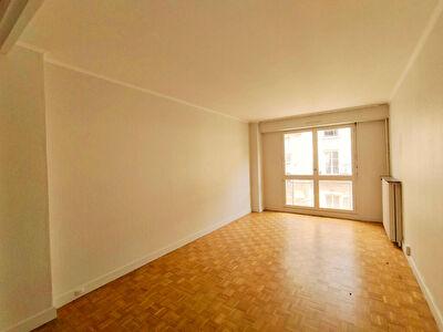 Appartement T3 72 m2 Paris 75017