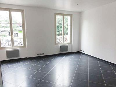 APPARTEMENT COURBEVOIE - 3 pieces - 52,44 m2