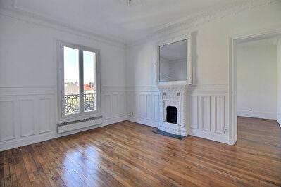 Appartement Courbevoie 3 pieces 60 m2