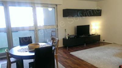 Appartement Courbevoie 3 pieces 72 m2