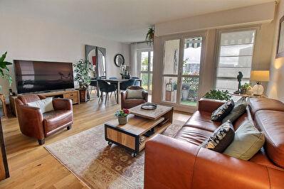 Appartement Courbevoie 4 pieces 86.58 m2