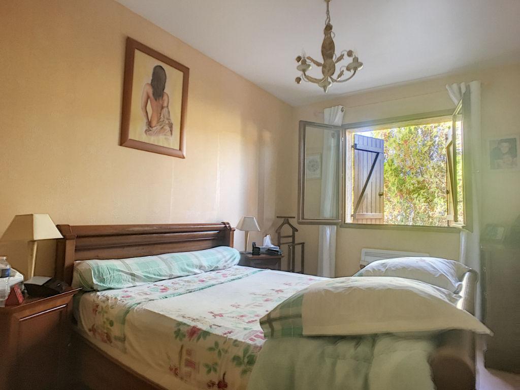 Loyettes - 124 m² - 4 chambres sur terrain de 933 m²