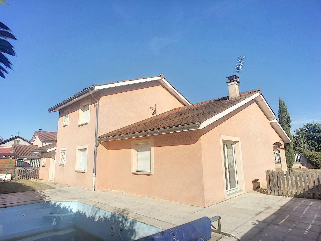 photos n°1 Maison Loyettes 6 pièce(s) 4 chambres 169 m2 piscine
