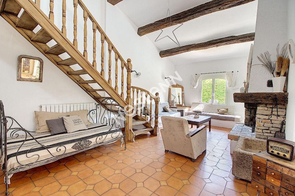 Maison Vidauban 6 pièces 192 m² - Garage - Piscine
