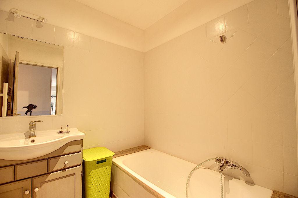 EXCLUSIVITÉ ! VILLA Draguignan 6 pièces 155 m² avec PISCINE