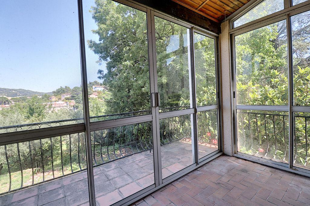 DRAGUIGNAN - Maison 7 pièces 150 m² sur 902 m²  de terrain