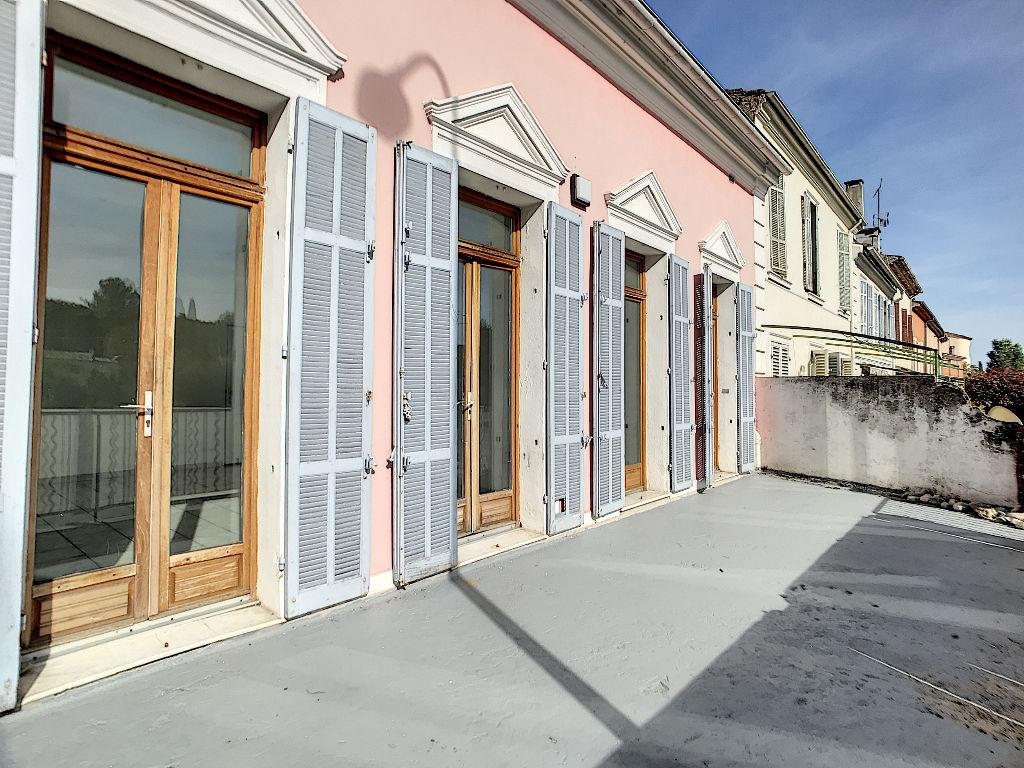 EXCLUSIVITE ! Immeuble Trans en Provence