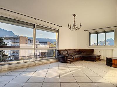 Appartement T5 sur Echirolles residence ferme - proche commanderie