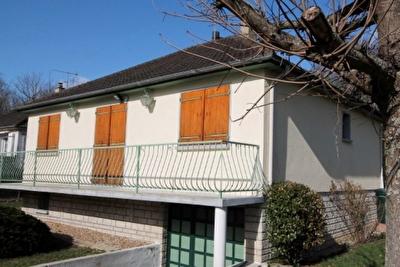 Maison Maintenon 3 pieces 70 m2