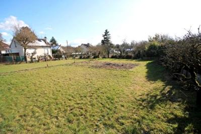 Terrain 600 m2 viabilise - EPERNON a 2 mn
