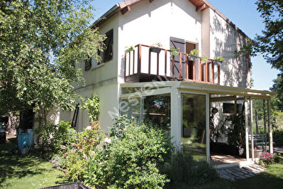 Maison proche EPERNON 6 pieces 150 m2