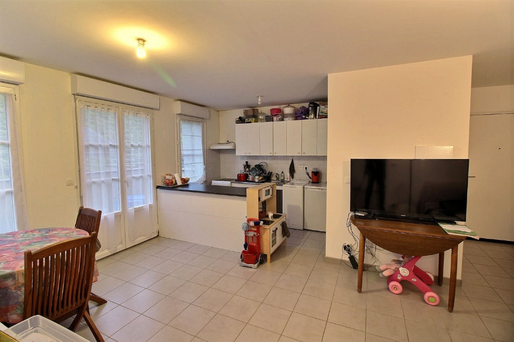 Appartement Epernon 3 pièces 57 m²